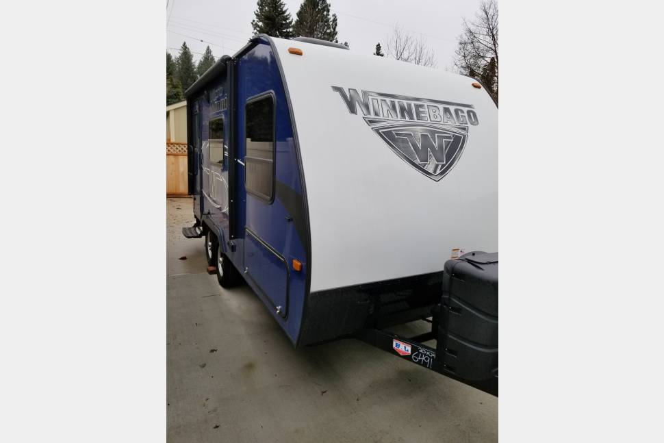 2018 Winnebago - Micro Minnie 1706FB - Luxury On-the-Go