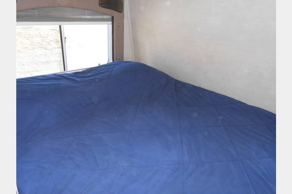2009 Weekend Warrior Super Lite FS2300 - Back Country Camper / Toy Hauler
