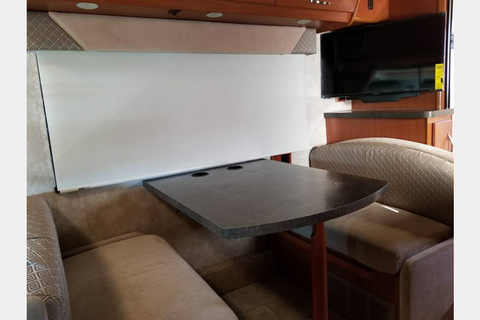 2011 Mercedes Winnebago View - What a View
