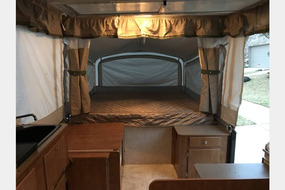 2006 Fleetwood Timberlake - The Mac 8 Family Camper! Adventures Await...(NEW LOWERED RATE)
