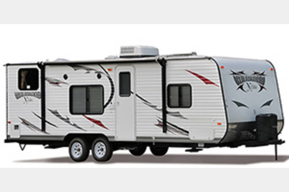 2013 Wildwood 281QBXL - Awesome Wildwood Camper! Lots of space for everyone!
