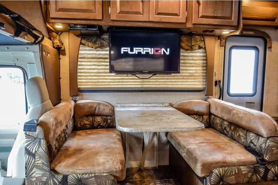 2016 Coachmen Leprechaun 317SA - Beautiful Warrior - Watch Heads Turn As You Drive This Queen Down The Road!