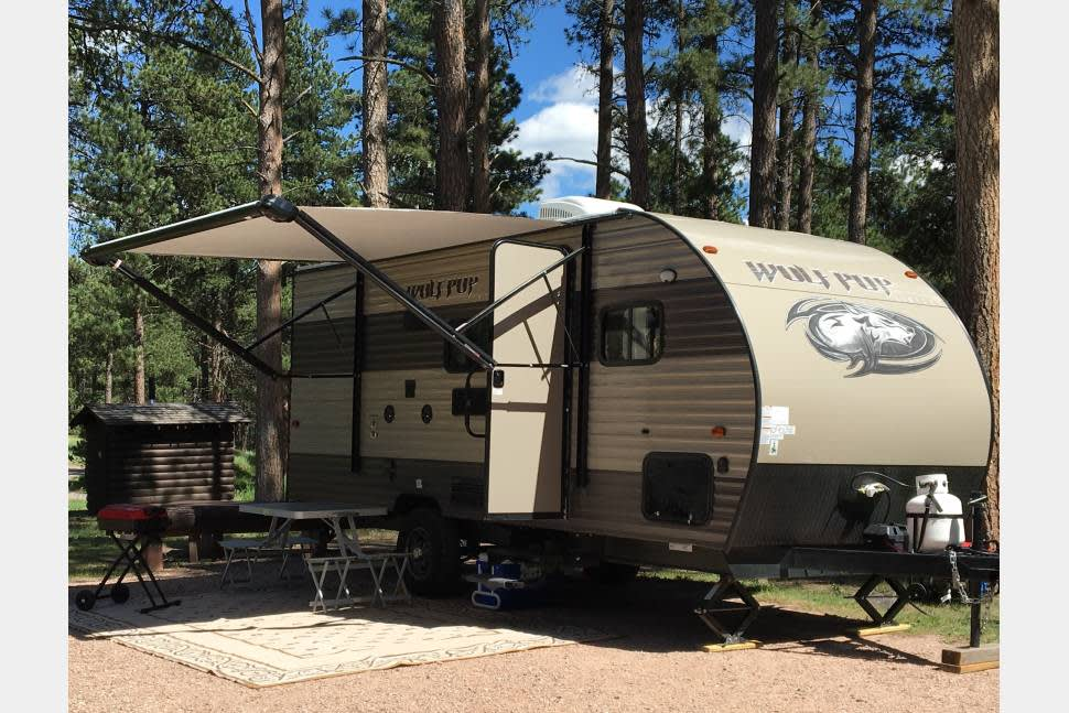 2018 Wolf Pup-Tow With Mid-Size SUV! Forest River-Cherokee - 2018 Forest River RV Cherokee Wolf Pup 16BHS