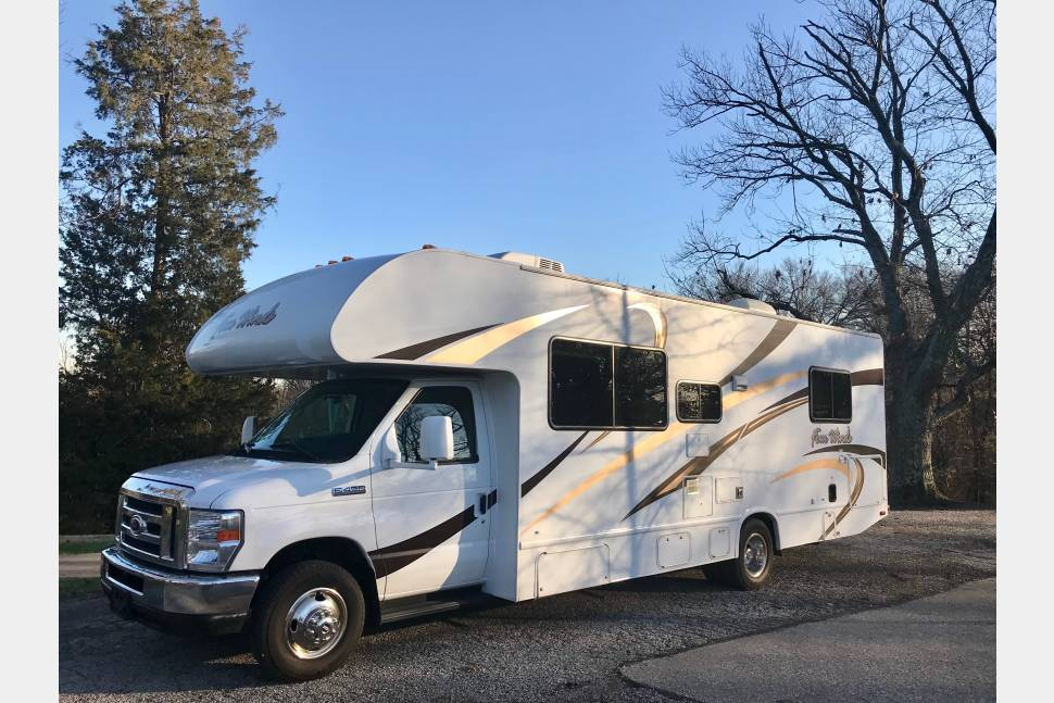 2017 Thor Four Winds 28A - Let the Winds take you!