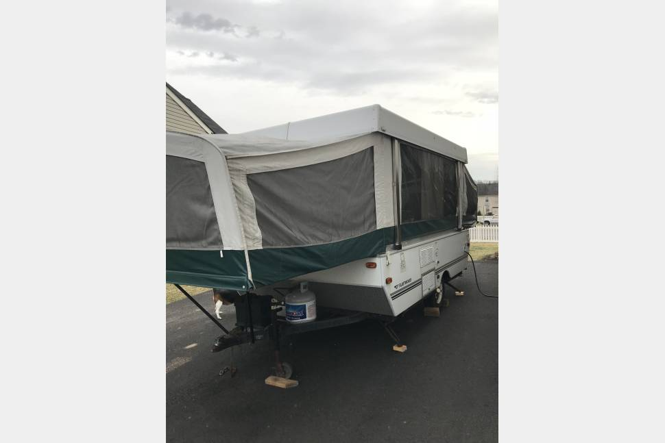 2006 Fleetwood Seapine - Lightweight easy towing pop up 2006 Fleetwood Seapine