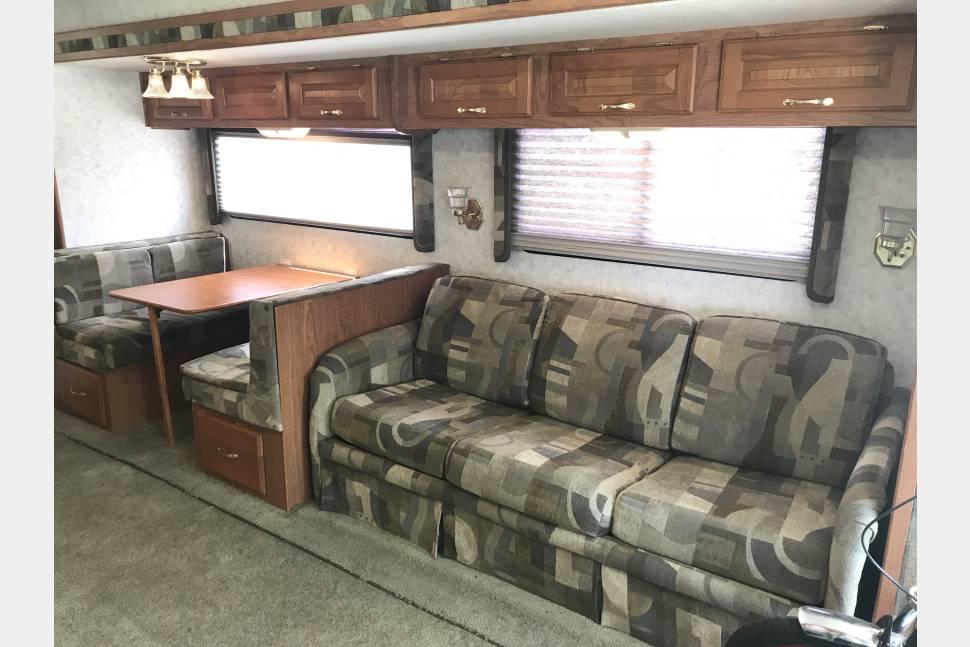 2003 Diesel Coachmen CrossCountry 370DS - 2003 Coachmen CrossCountry 370DS