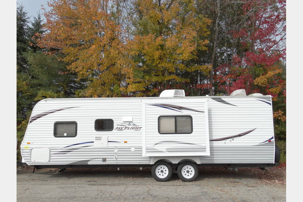 2012 Jayco 28' Bunkhouse Travel Trailer - 2012 Jayco 28' bunkhouse travel trailer with slide-out