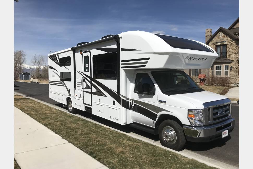 2018 Entegra Coach Odyssey 31L - Road Trip in Style in our Beautiful RV!
