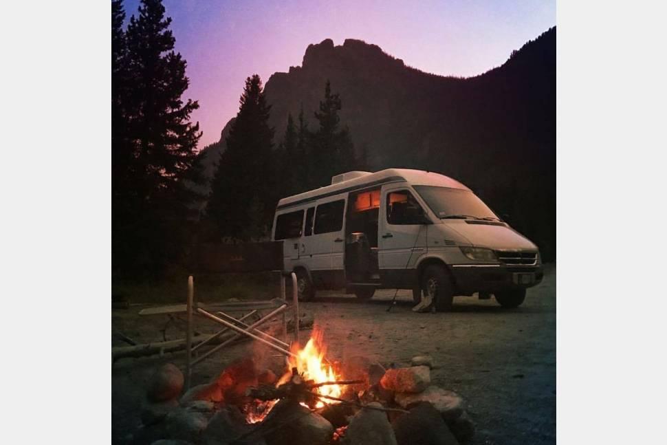 2004 Sprinter Sportsmobile Camper Van Motorhome (Mercedes / Dodge) - Luxury RV in a Class B Van