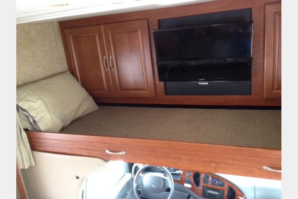 2007 Four Winds Chateau - All Inclusive Class C...