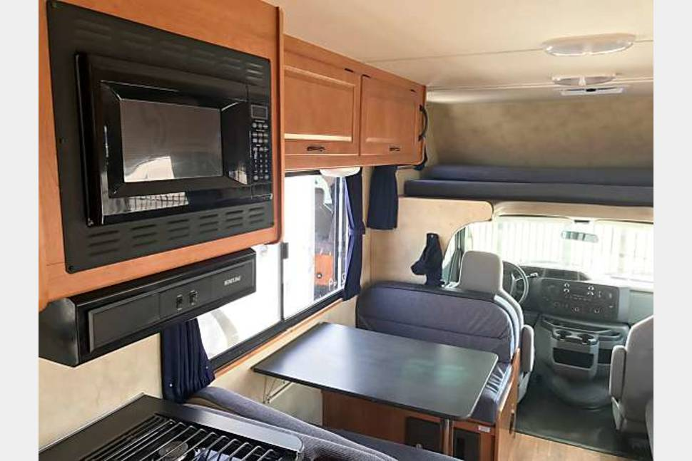 2013 Thor Majestic Grizzly 6 - Ultimate Road Grizzly 6
