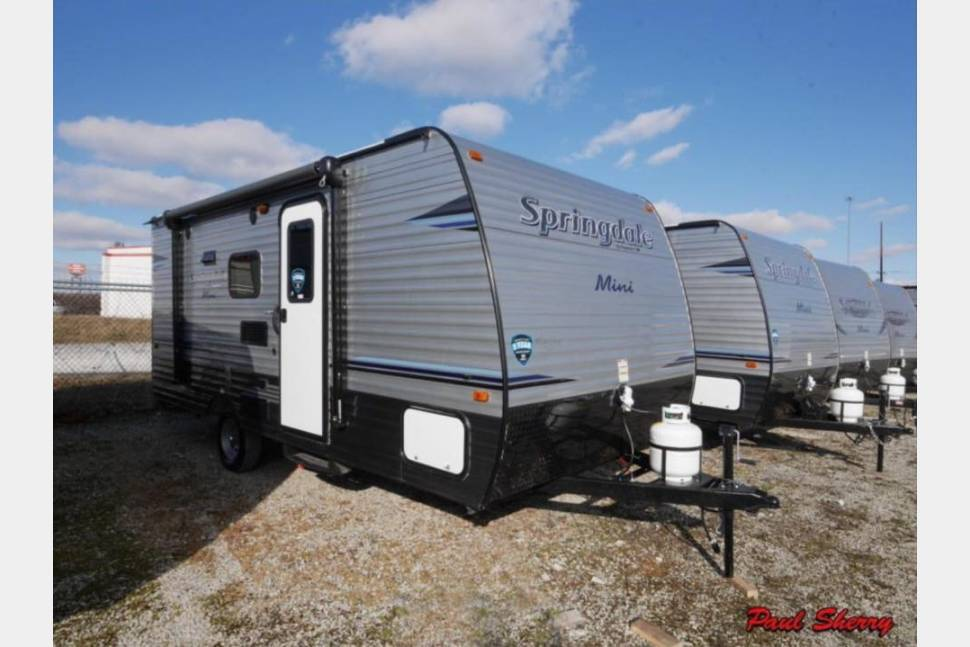 2018 Keystone/ Springdale Summerland Mini - Columbus,Indiana Travel Trailer