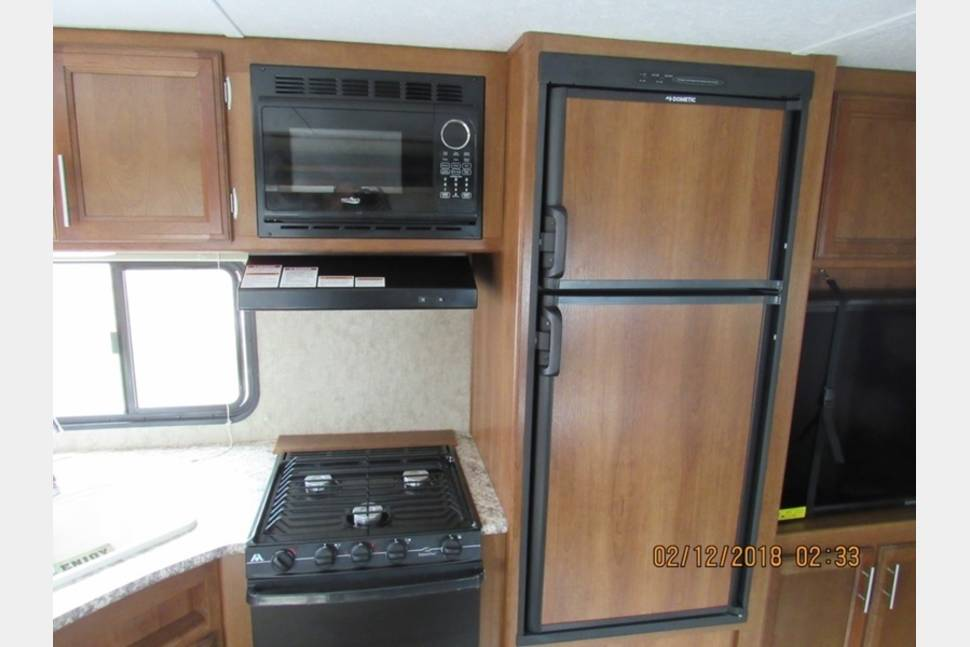 2018 Forest River / Avenger (Insurance Included/Riverview) - Lightweight bunkhouse (Insurance Included)