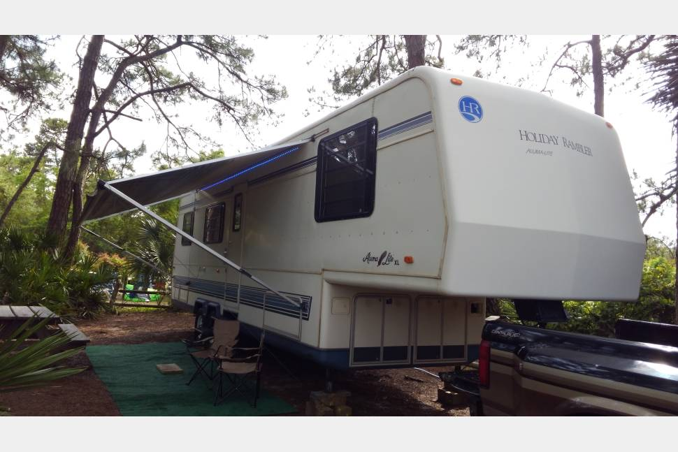 1991 Holiday Rambler Alumalite Xl - Home away from Home