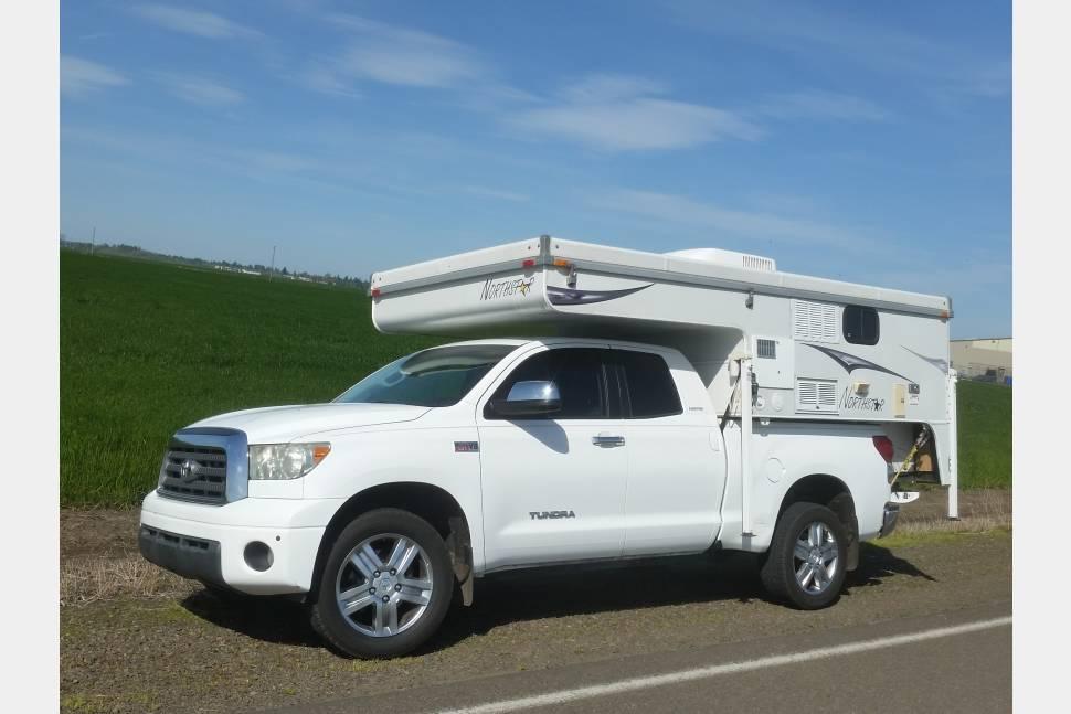 2008 Truck & Camper Combo