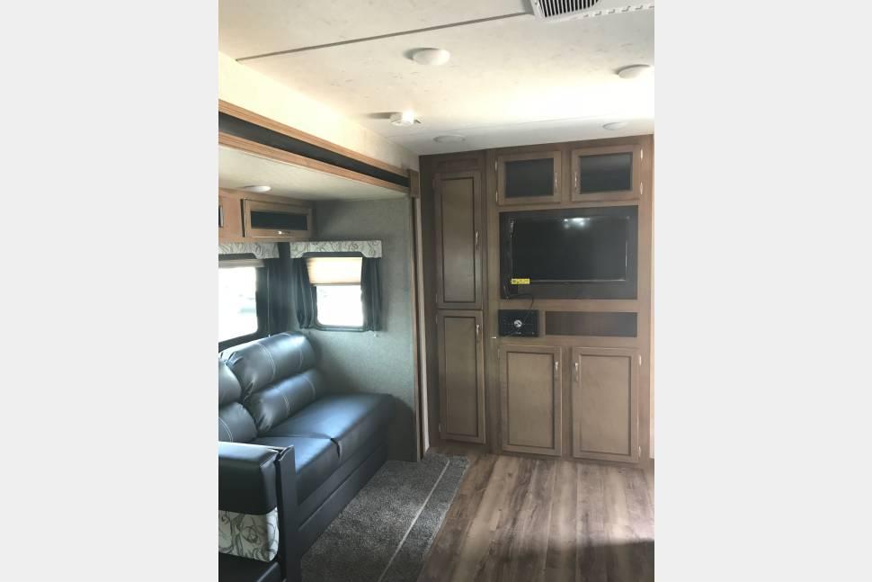 2019 Coachmen Catalina Delivery Only - 2019 Coachmen Catalina