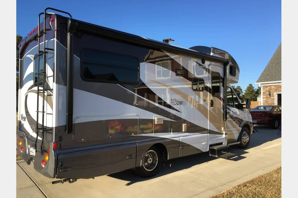2016 Winnebago View - Take it to Burning Man and Make sure you read our comments.Sweet,clean,fast and easy to drive RV