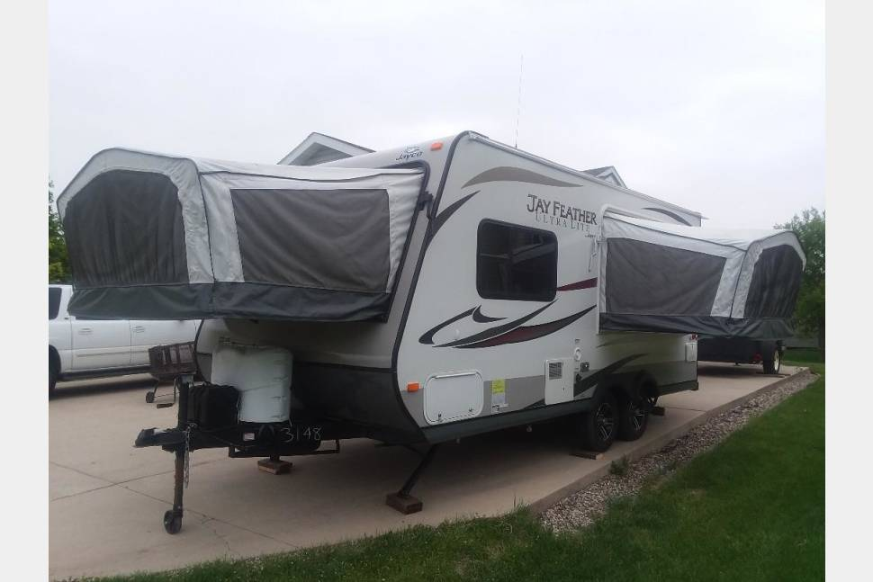 2013 Jayco Jay Feather Ultra Lite18D - 2013 Jayco Jay Feather Ultra Lite 18D