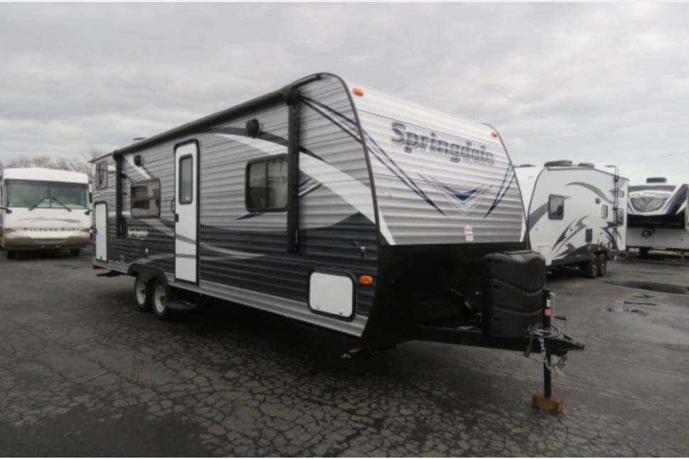 2017 Springdale Bunkhouse - Her name is Josephine. A family oriented trailer just waiting to get you camping! All adventure by day, comfort at night.