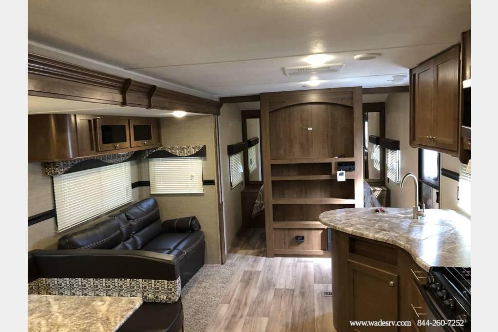 2018 Dutchman Aspen Trail 2810BHS -