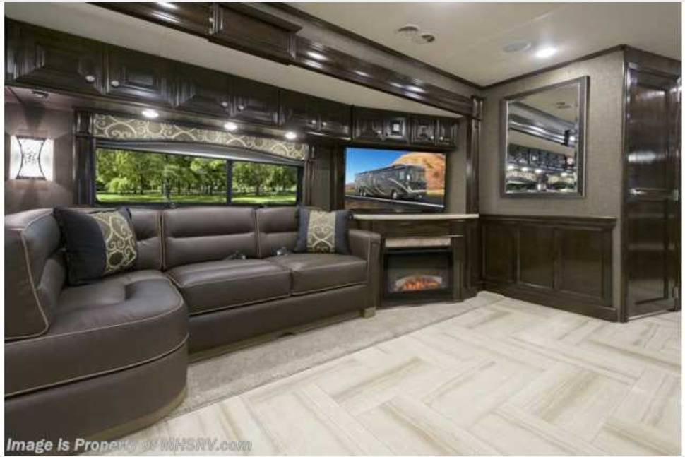 2016 Thor Tuscany 44 MT - SWAGGER WAGON . THE ULTIMATE FOOTBALL TAILGATE ROADHOUSE
