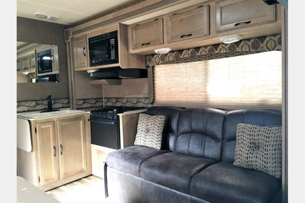 2014 Coachmen Freelander 29KS Anniversary Edition - 2014 Coachmen Freelander Anniversary Edition