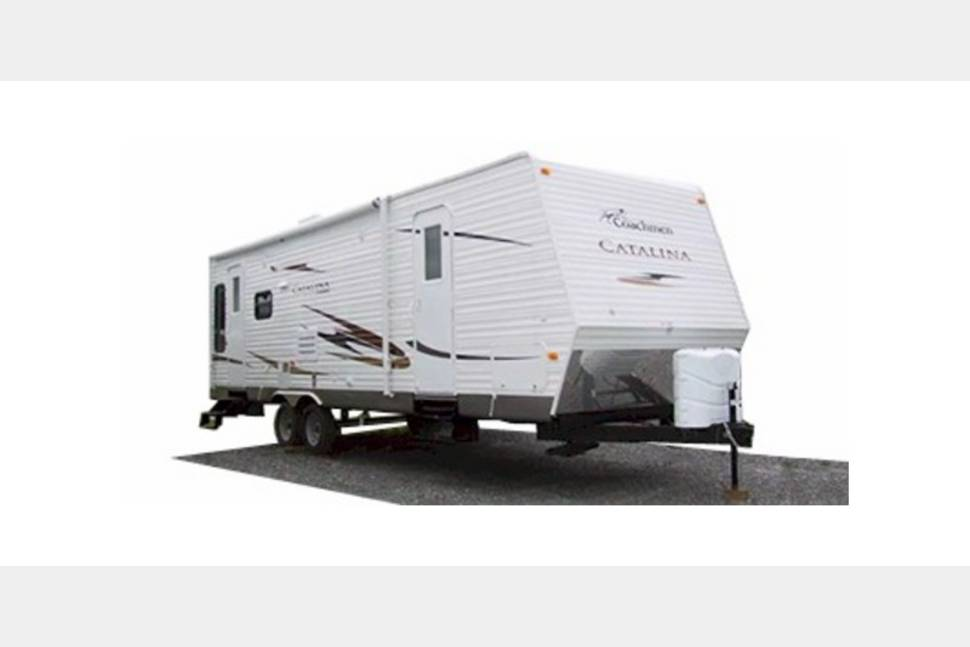 2010 Coachmen Catalina - Clean and Comfortable!