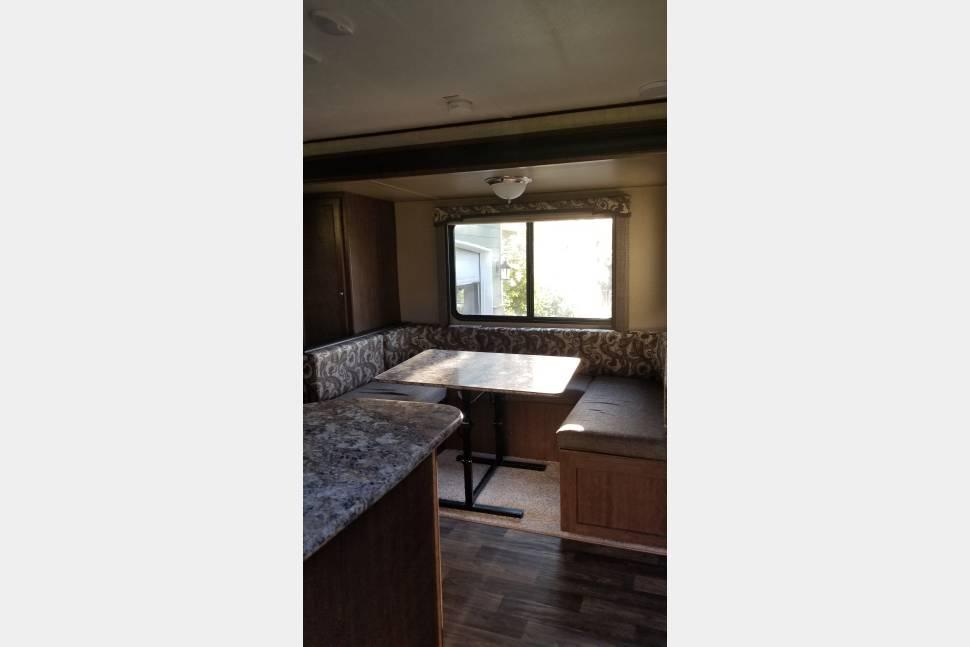 2017 Keystone Bunkhouse Hideout - 2017 Keystone bunkhouse hideout