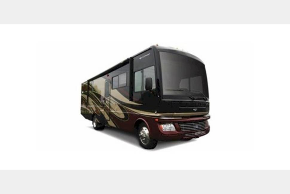 2002 Fleetwood Bounder - Ready for Your Next Getaway Weekend!