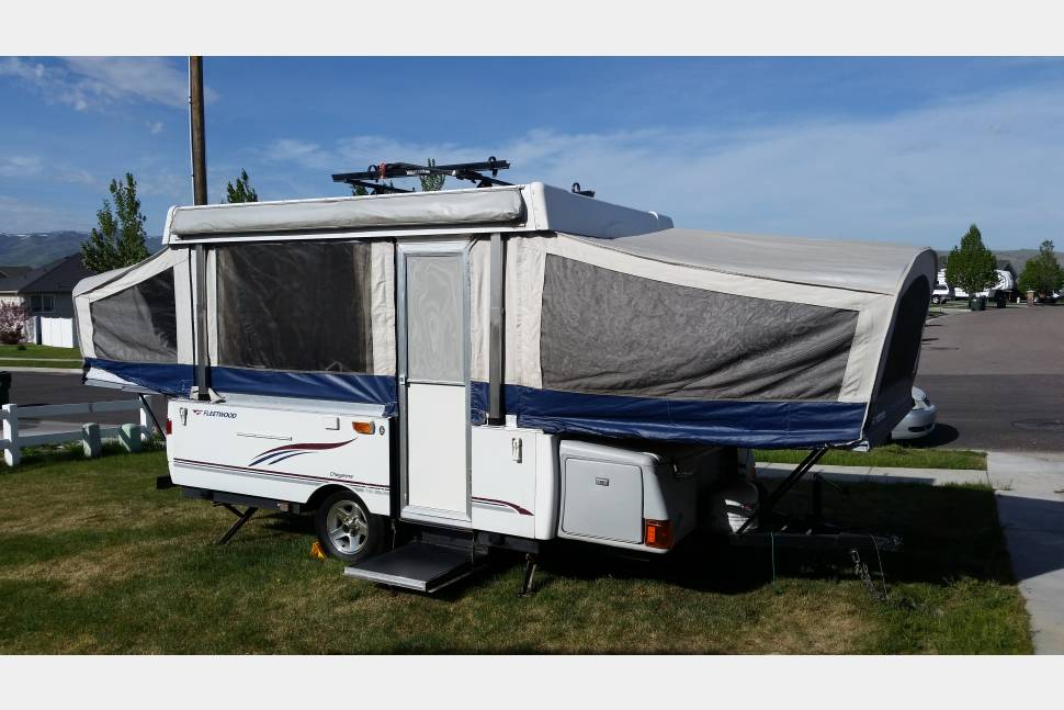 2006 Fleetwood Coleman Cheyenne - Light Weight Towing on your way to Yellowstone / Jackson Hole