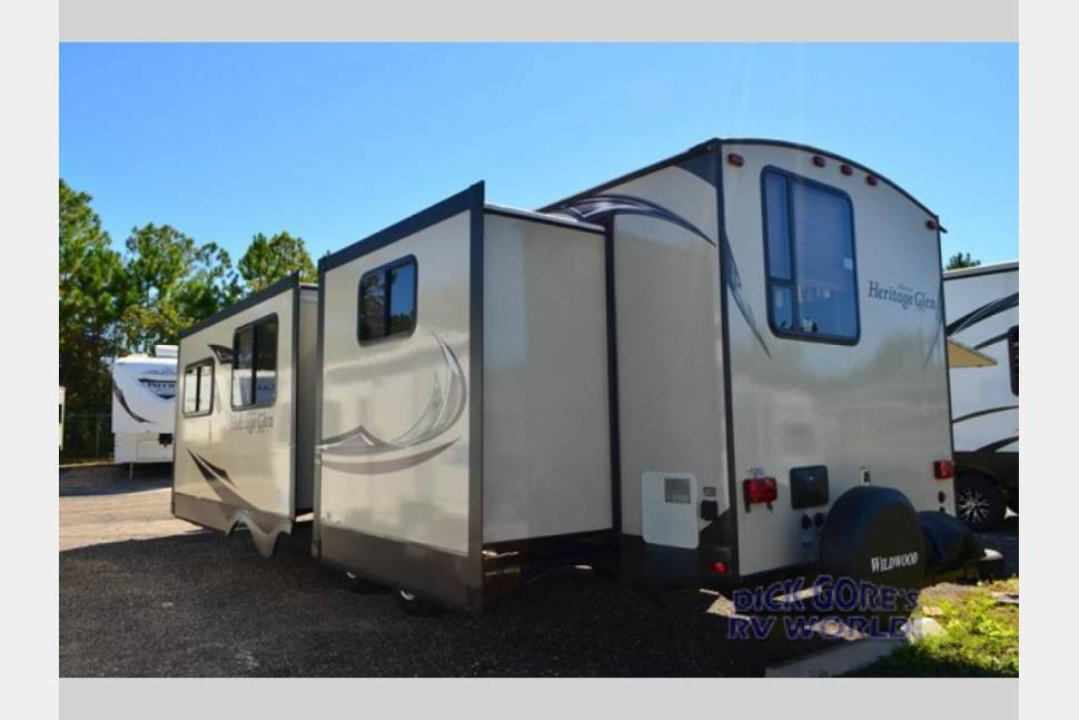 2016 Forest River Wildwood Heritage Glen 300BH - 2016 Forest River Wildwood Heritage Glen 300BH