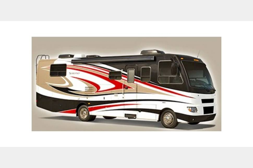 2016 Thor Outlaw 37 Ls - My RV is Perfect for Your Next Getaway!