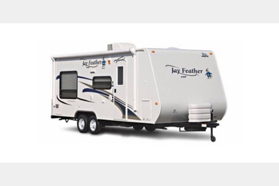 2011 Jayco Jay Feather 19H - Room for the whole squad!