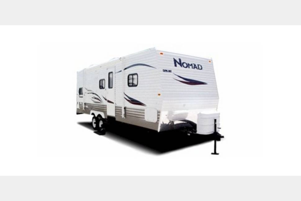 2013 Patriot 28bh - My RV is Perfect for Your Next Getaway!