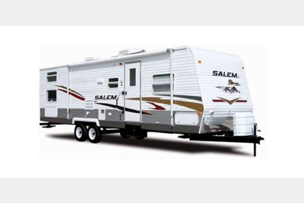2014 Forest River Salem 32bhds - Everything You will Need for an Amazing Getaway Weekend!