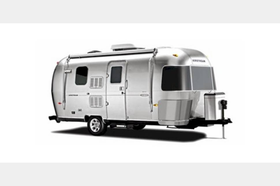 2016 Airstream Flying Cloud - Great Times Ahead!