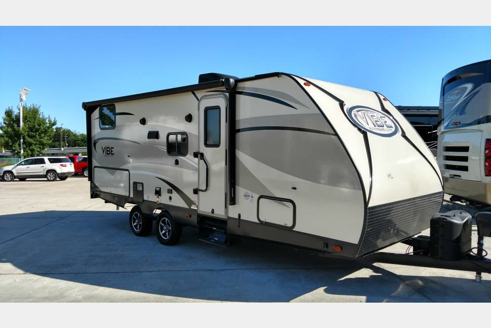 2016 Forest River-California Vibe 250BHS - 2016 Forest River-California Vibe 250BHS