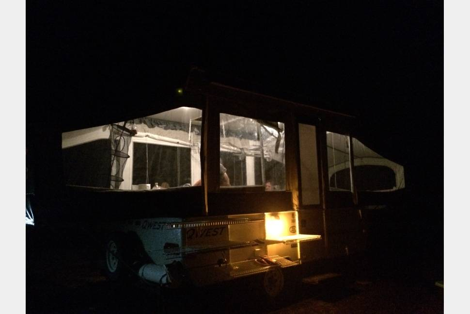 2004 Jayco Qwest 10x - 2004 Jayco Qwest 10x - discover hidden gems of MO and IL
