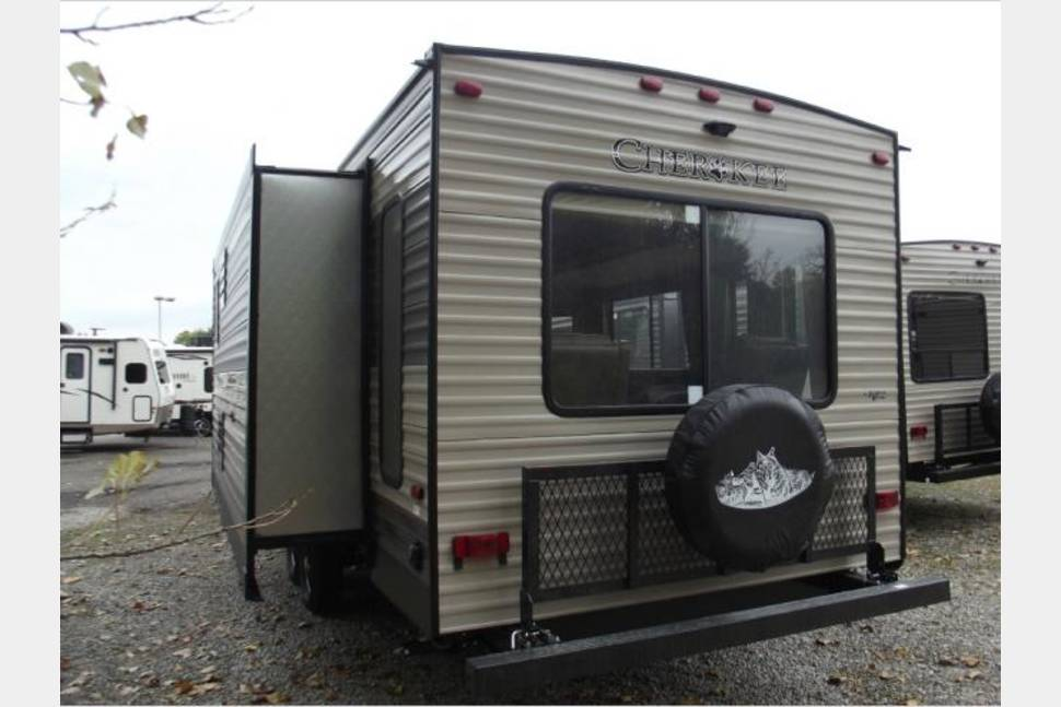 2017 Forest River Cherokee Limited 304R - 2017 Forest River Cherokee Limited 304R
