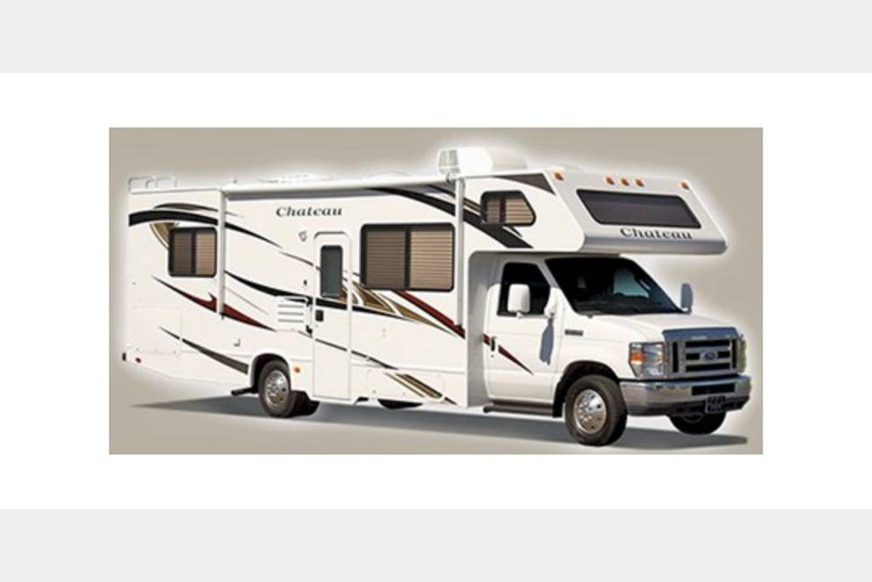 2013 Thor 31a - Ready for Your Next Getaway Weekend!