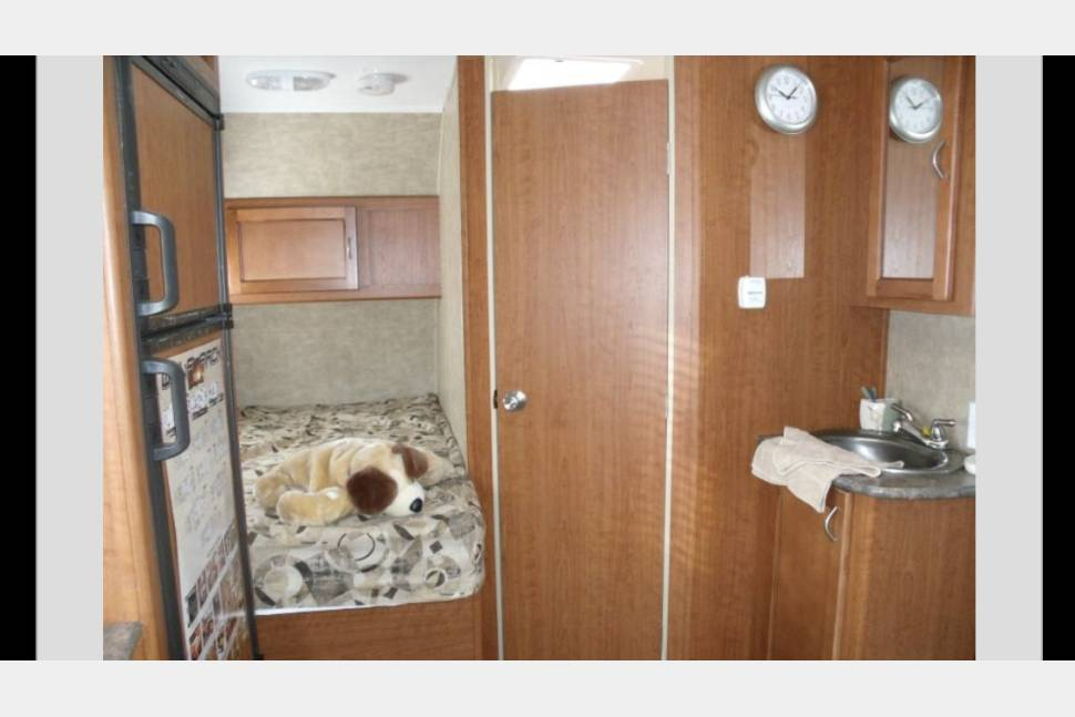 2012 Wolf Pack Toyhauler 19 WP - Colorado's Cool Cabin