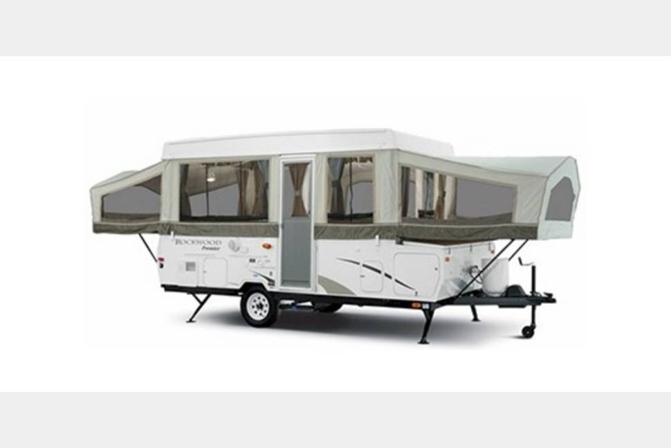 2011 Rockwood 21ss - My RV is Perfect for Your Next Getaway!