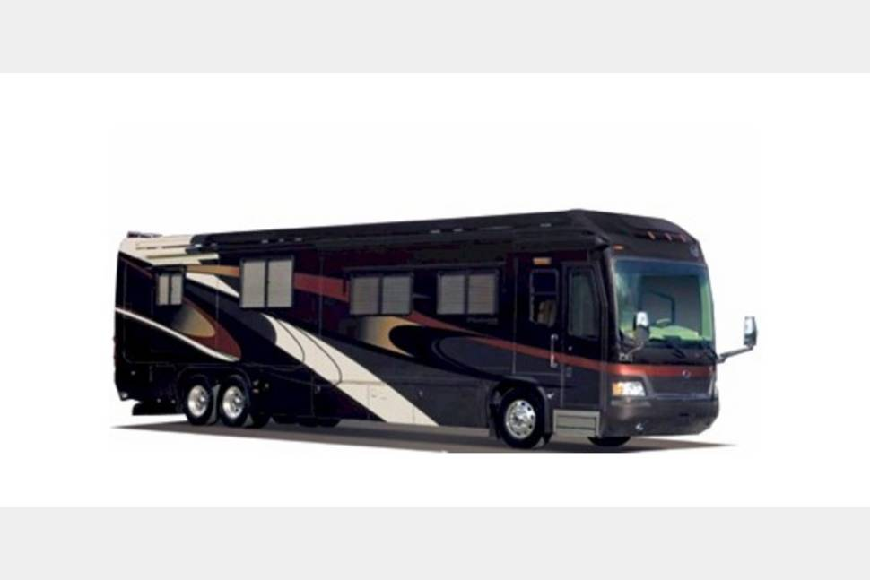 2005 Monaco Signature - My RV is Perfect for Your Next Getaway!