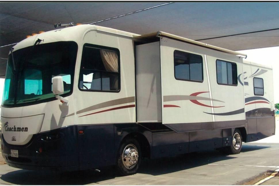 2003 Coachmen Cross Country - Cruising in Comfort Cross Country
