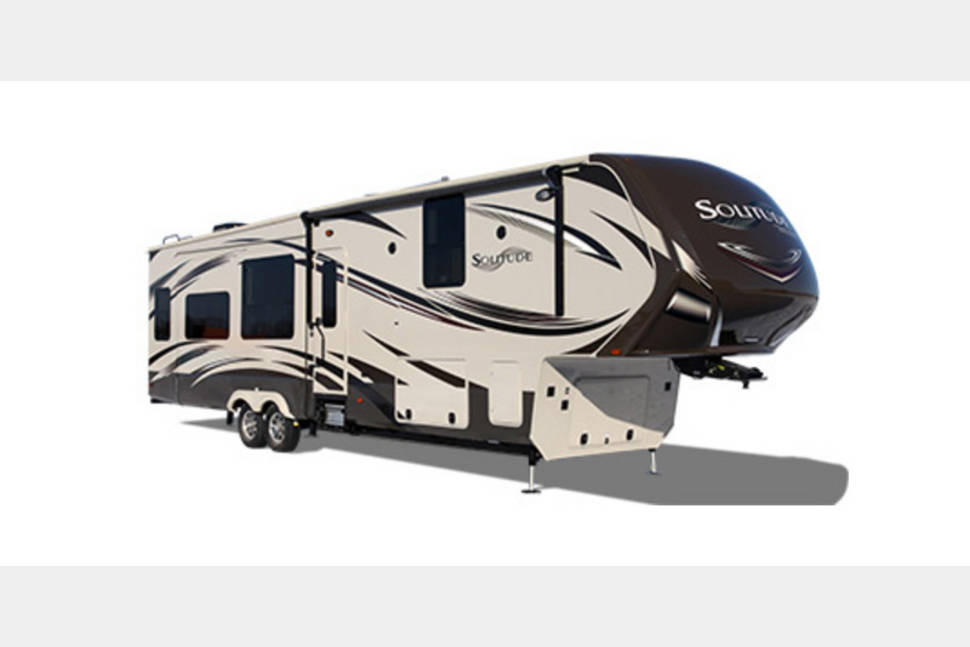 2017 Design Solitude - My RV is Perfect for Your Next Getaway!