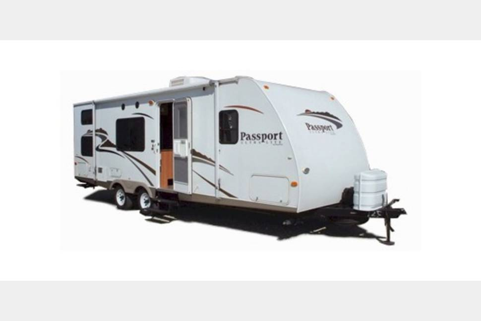 2015 Keystone Passport - The ideal Travel Trailer for your rental !