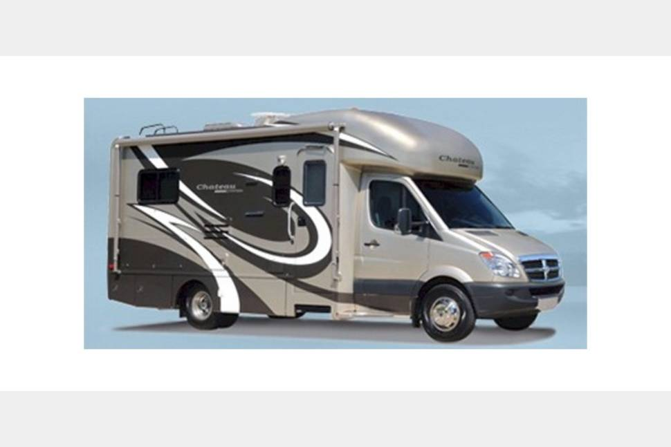 2010 Four Winds Chateau - Never worry about finding a hotel room again in my RV!