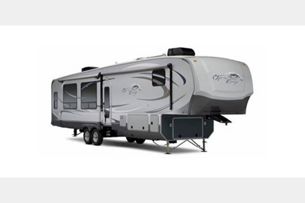 2015 Open Range 297RLS Fifth Wheel - Create unforgettable memories with my RV!
