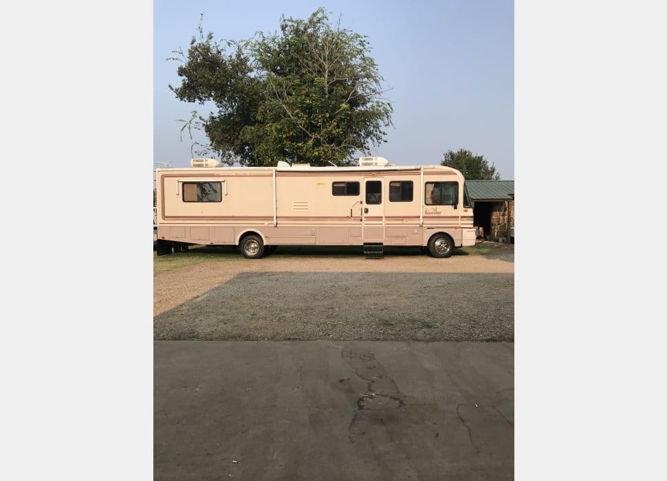 1994 Fleetwood Bounder, RV Rental in Hugo, OK   RVshare