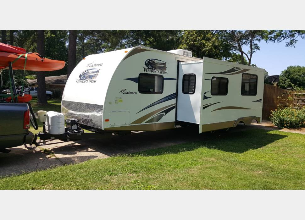 Coachman Forest River Freedom Express  Coachman Forest River Freedom Express